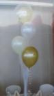 4 balloons on tulle